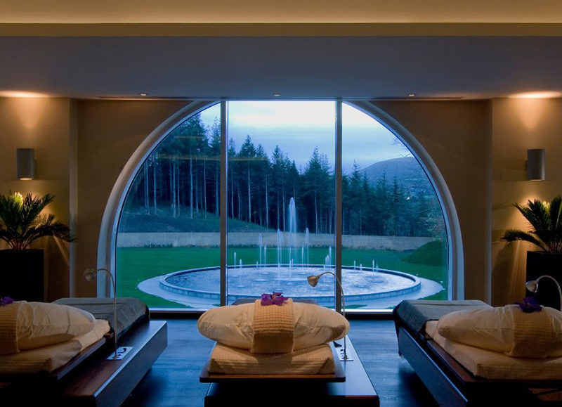 The-Gloss-Magazine-Look-The-Business-Powerscourt-Spa-Hotel