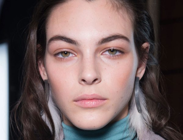 The-Gloss-Magazine-beauty-sensitive-skin-AW17-Ferragamo-featured