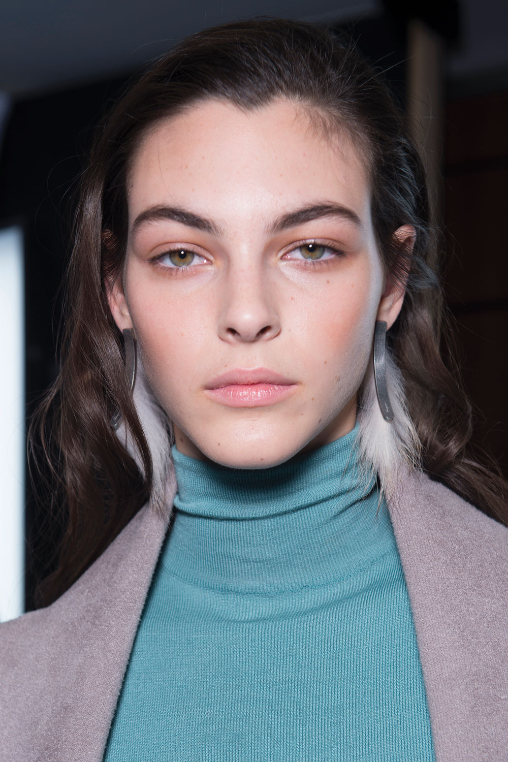 The-Gloss-Magazine-beauty-sensitive-skin-AW17-Ferragamo