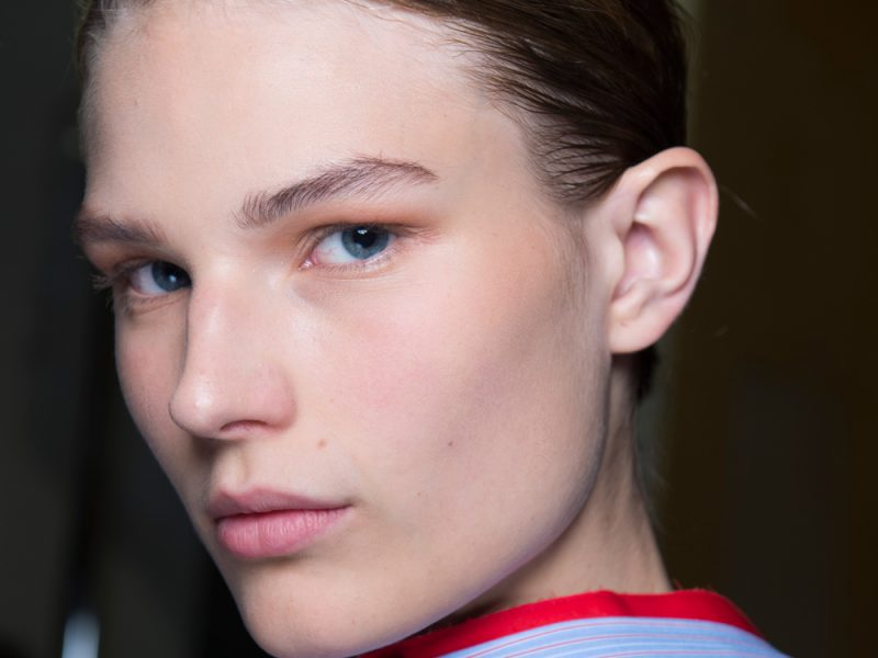 The-Gloss-Magazine-Look-The-Business-Beauty-featured